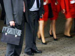 636b3c327a9 Летний деловой бизнес дресс-код  Как правильно одеваться мужчине и ...