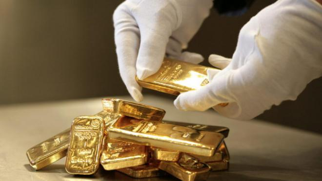bfd97ddde53a Почему украинцы боятся сдавать золото в банки   ubr.ua