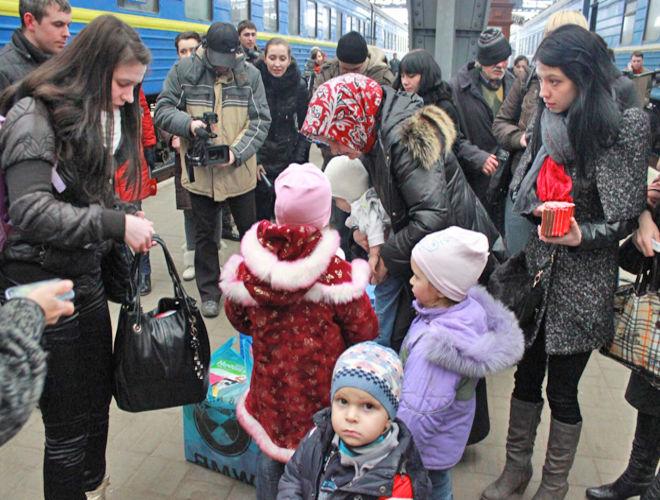 Польша снова жалуется на сотни тысяч беженцев из Украины