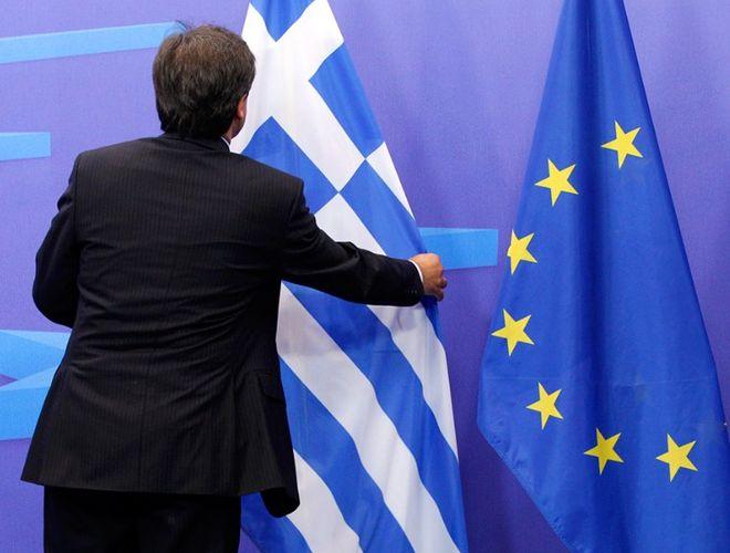 В Европе считают абсурдным выход Греции из своей зоны