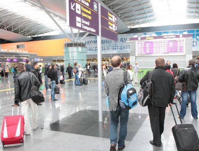 В аэропорту «Борисполь» обещают не открывать ТРЦ
