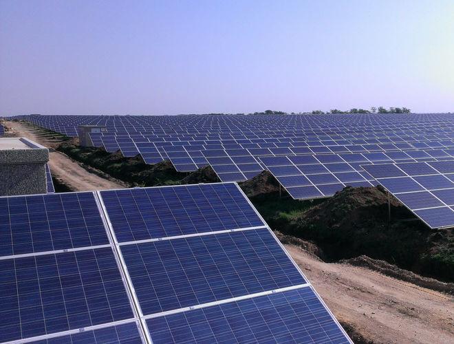 Кто хочет строить солнечные электростанции в Украине