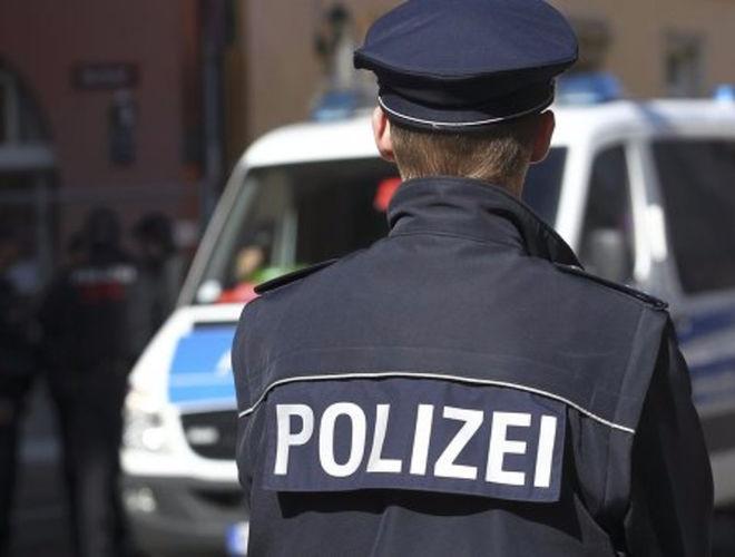 Неизвестные с топорами напали на людей на вокзале в Германии