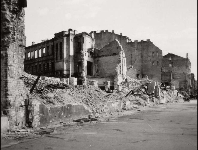 Фотограф показал снимки Киева времен оккупации