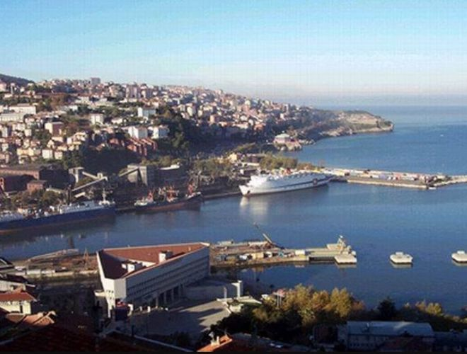 Турция перестала принимать даже свои корабли из Крыма