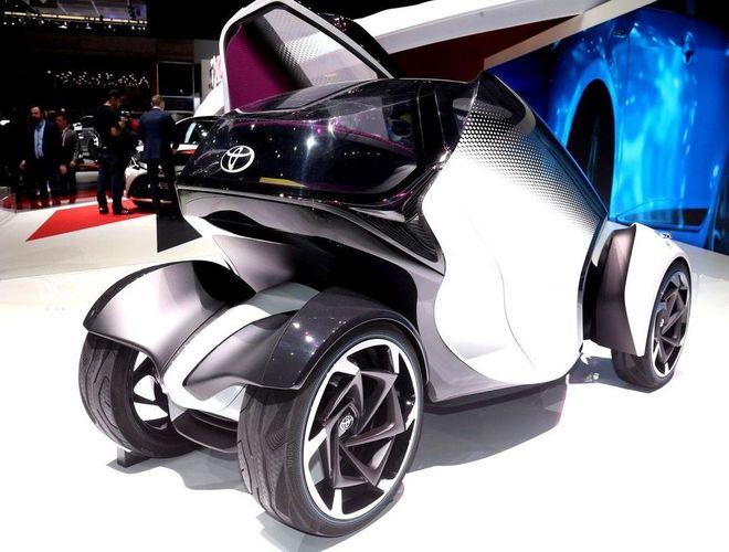 Toyota показала автомобиль 2030 года