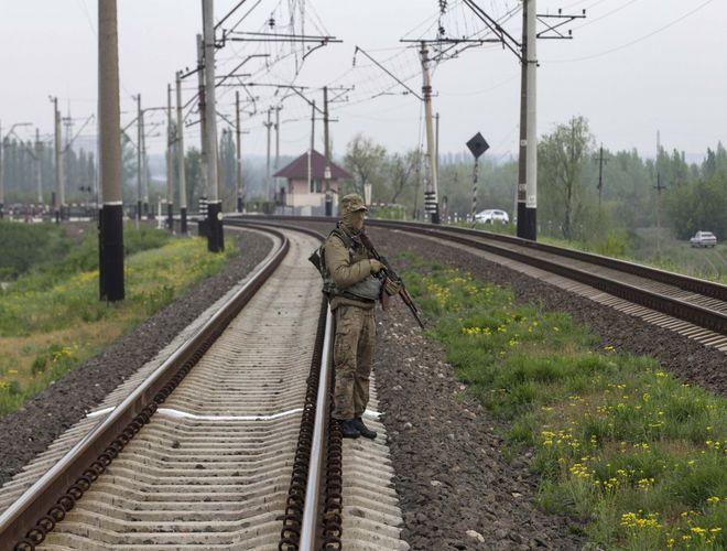 """Участники блокады на Донбассе готовы убивать """"титушек"""""""