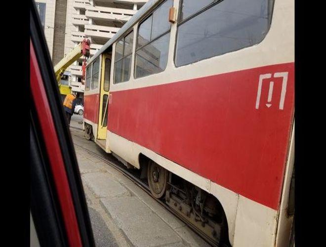 В Киеве трамваи сошли с рельсов