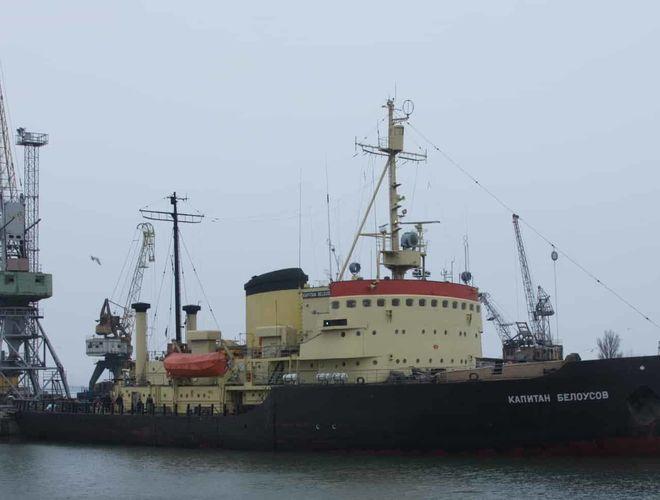 Единственный украинский ледокол отправят на ремонт