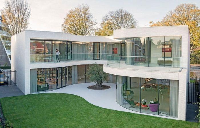 В Нидерландах появился удивительный дом