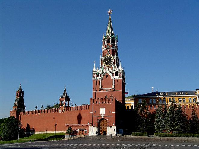Кремль пообещал защищать свои банки в Украине