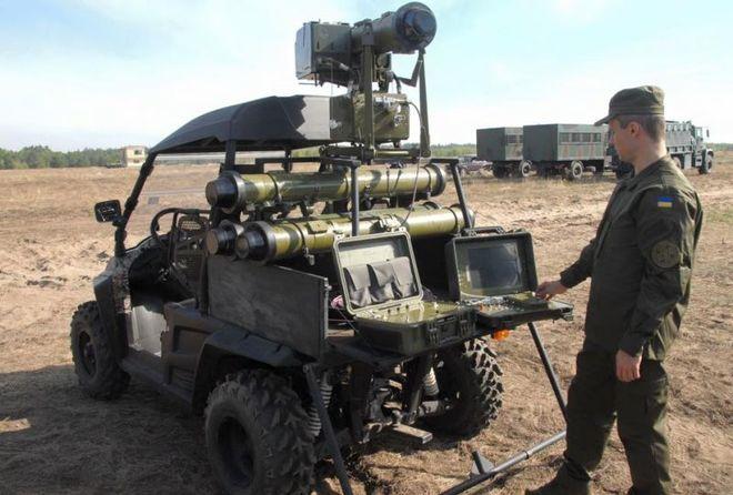 Украина хочет закупать комплектующие для военной техники в Канаде