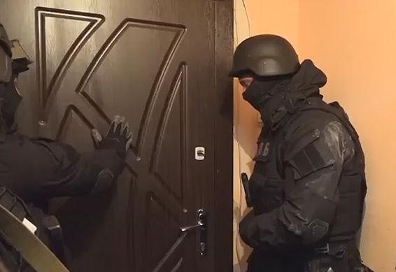 В Киеве офицеры полиции грабили квартиры бизнесменов и пенсионеров