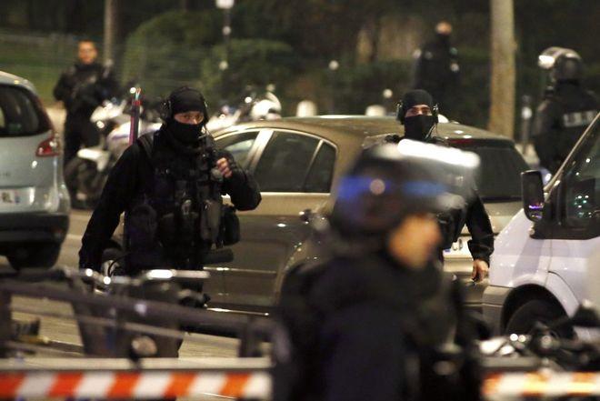 В Париже взорвалась посылка, поступившая в МВФ
