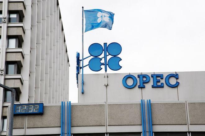 ОПЕК и ее союзники могут продолжить сокращать нефтедобычу
