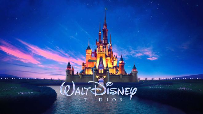 Disney выплатит работникам до $3,8 млн за удержание зарплаты