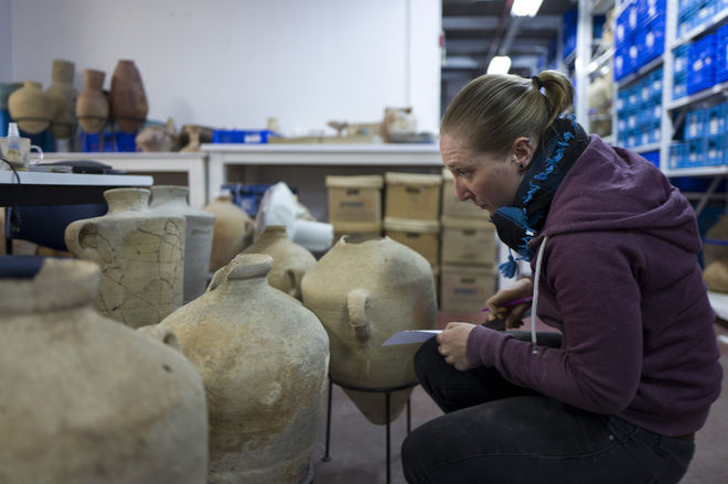 Журналистам впервые показали коллекцию артефактов времен Иисуса Христа