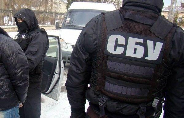 СБУ проводит обыски в квартирах руководителей антикоррупционного сервиса