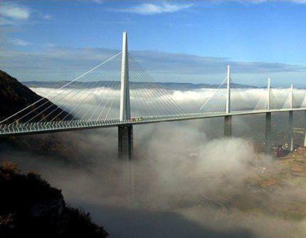 Показали самые великолепные мосты мира