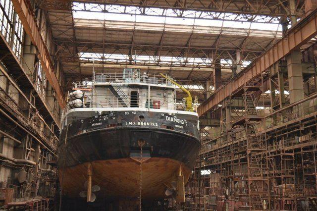 Завод Новинского получил заказ на ремонт турецкого сухогруза