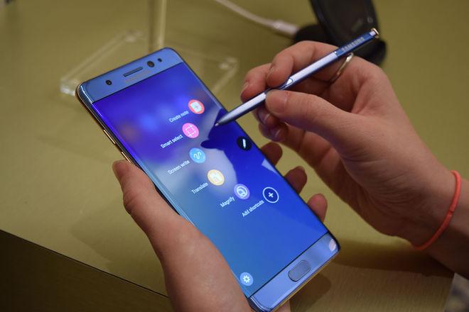 Samsung планирует возобновить продажи обновленных Galaxy Note 7