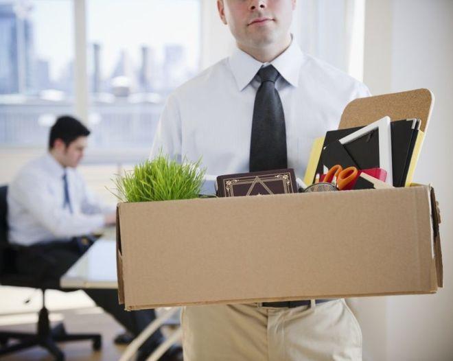 Украинцев будут массово увольнять за малейшие проступки на работе