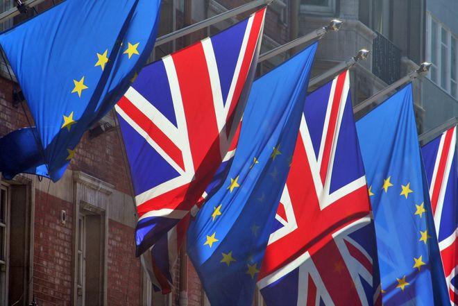 """ЕС выпустит руководство по переговорам с Лондоном по """"брекситу"""""""