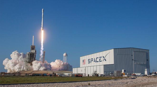 Илон Маск впервые отправил в космос б/у ракету