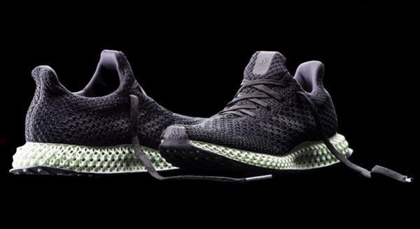 Adidas начнет производство кроссовок с напечатанной подошвой
