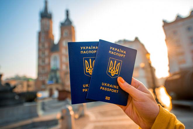 Подводные камни безвиза: что нужно знать украинцам о свободном въезде в Европу