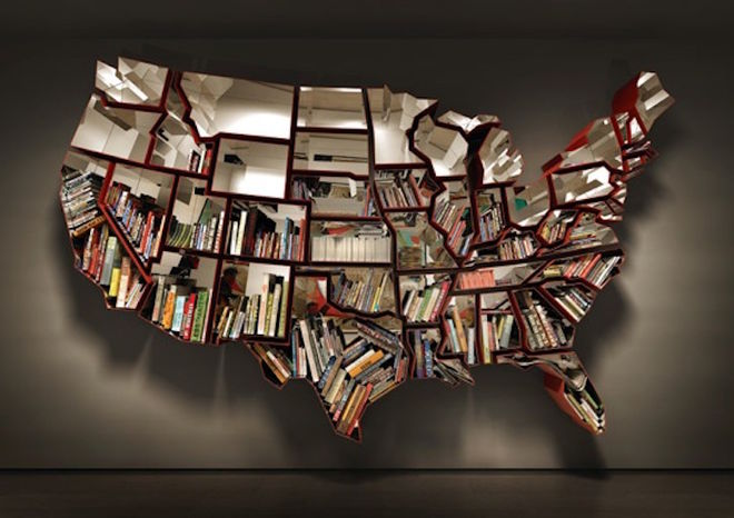 Показали самые удивительные книжные шкафы в мире