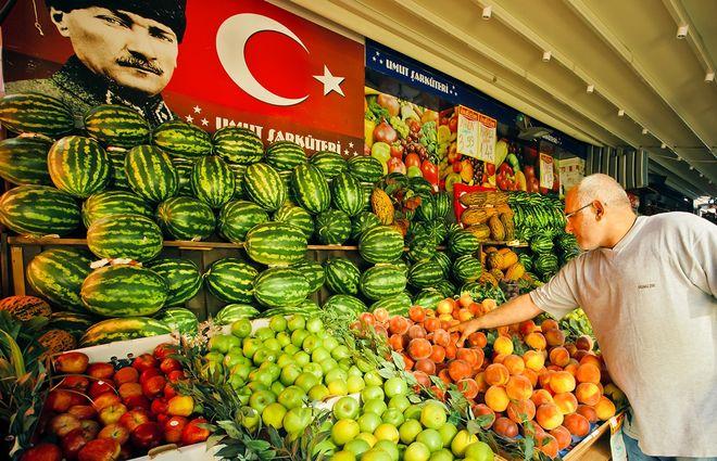 Украину завалят дешевыми турецкими овощами и фруктами