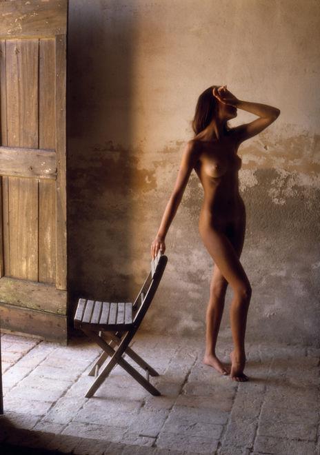 """Известный в мире мастер ню-фотографий показал свои """"нежные"""" снимки"""