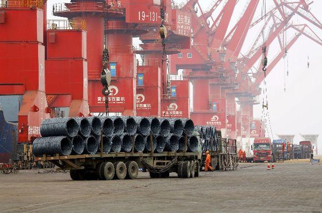 Китайская экономика показала рост вопреки негативным прогнозам