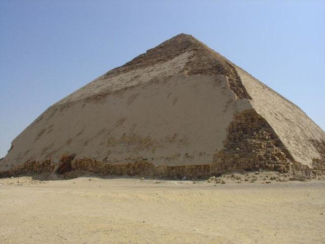В Египте нашли новую пирамиду