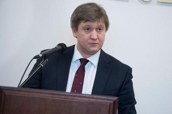 Стало известно, когда в Украине стартует пенсионная и земельная реформы