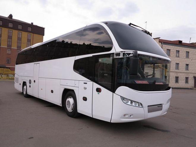 Для Киева закупили новейший автобус Neoplan