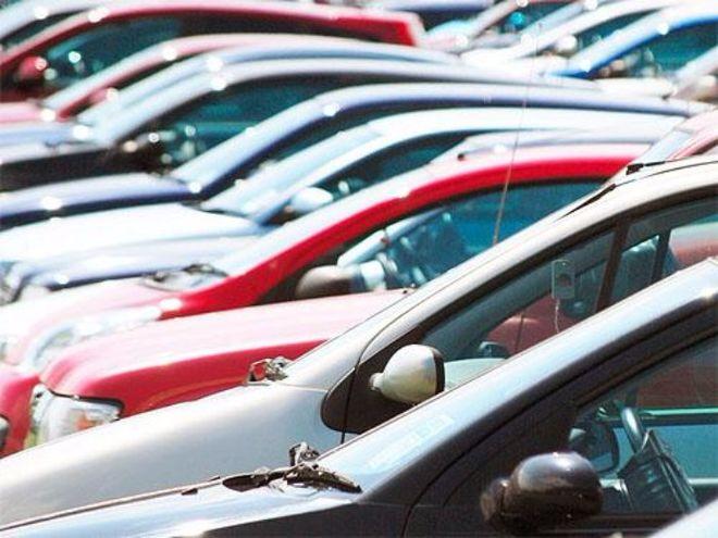 В Украине больше года растут продажи легковых автомобилей