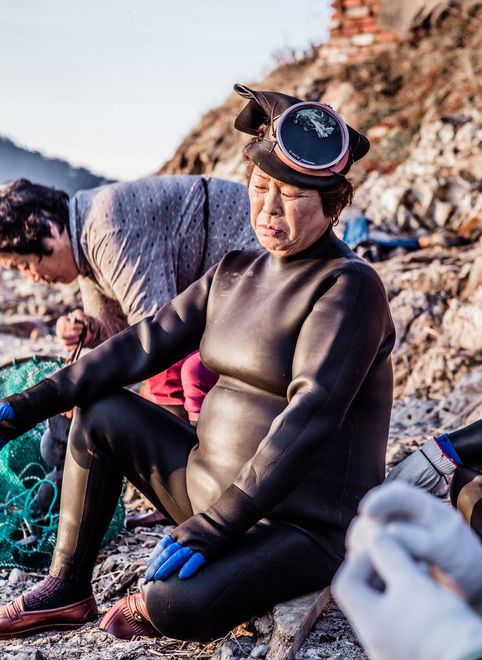 """""""Матери моря"""": показали, как выглядят """"русалки"""" в Южной Корее"""