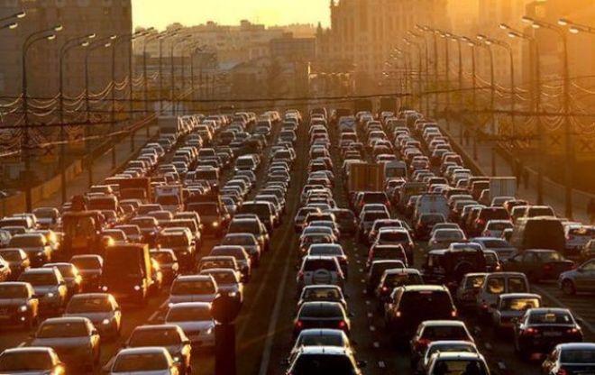 Киев погряз в 6-балльных пробках