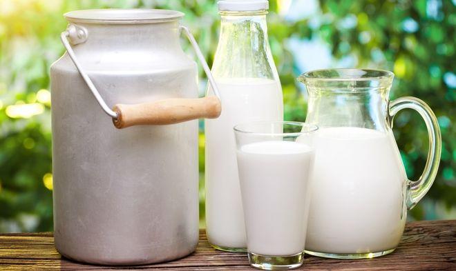 В Украине начали падать цены на молоко