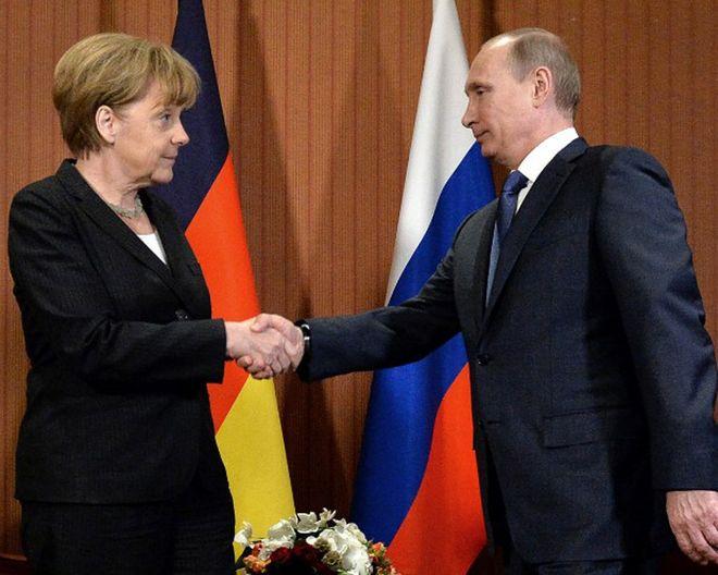 Начались переговоры Меркель и Путина
