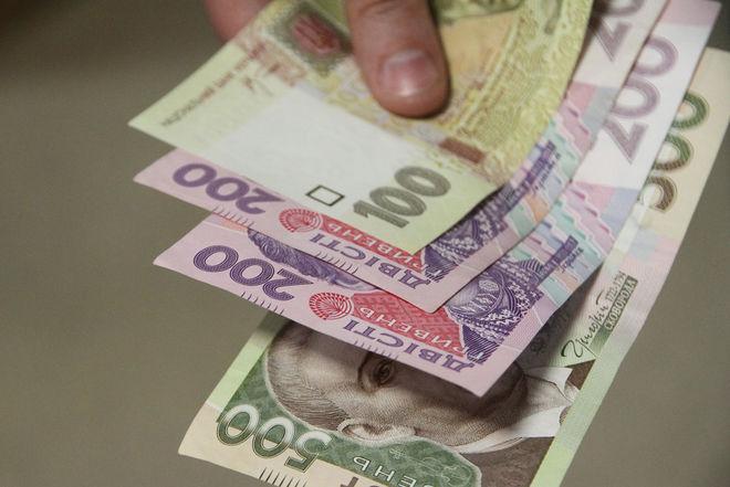 Сколько сейчас зарабатывают украинцы