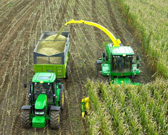 Аграрии установили новый мировой рекорд на тракторах