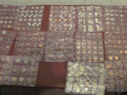 Гражданин Чехии пытался перевезти через украинскую границу коллекцию старинных монет и банкнот