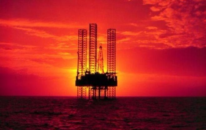 Страны ОПЕК продлят заморозку добычи нефти