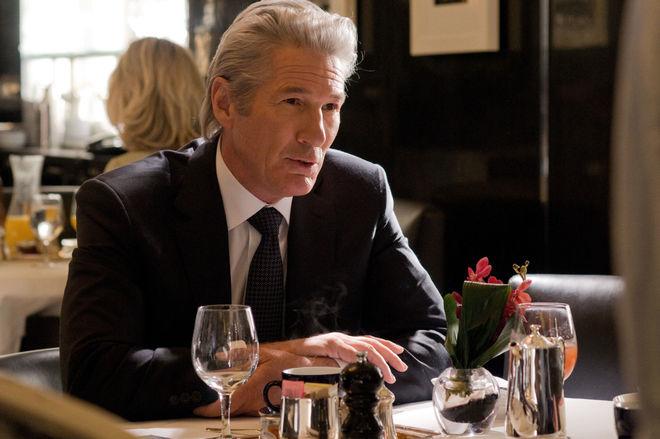 Названы 5 фильмов, которые научат вести переговоры