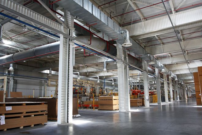 Австрийцы покупают в Украине завод по производству ламината