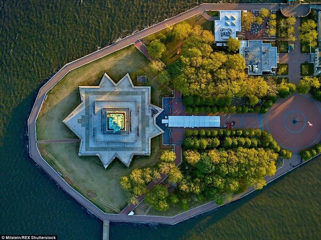 Как выглядит Нью-Йорк с высоты птичьего полёта