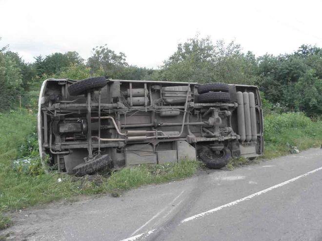 20 человек погибли в результате аварии автобуса